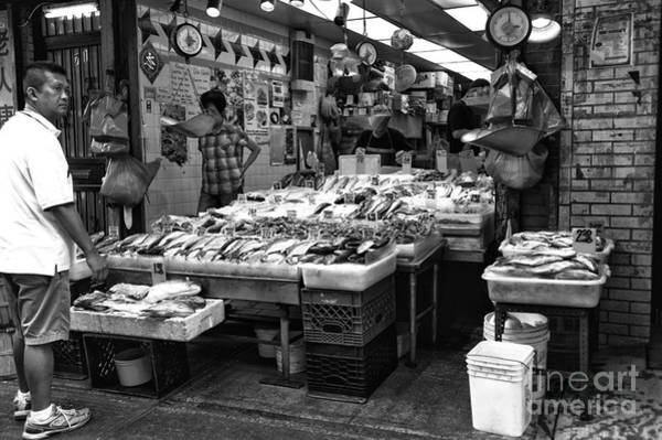 Photograph - Fish In Chinatown Mono by John Rizzuto