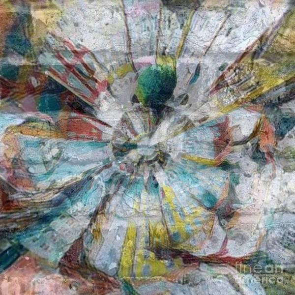 Fleur Digital Art - Rayons by Carole Thivierge