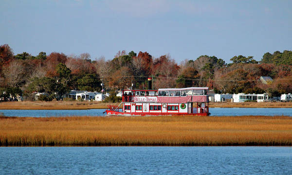 Photograph - Floating Down The Icw by Cynthia Guinn