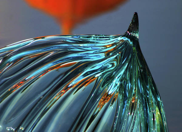 Photograph - Floating Glass Sculpture 3164 H_2 by Steven Ward