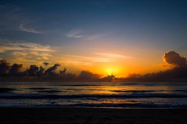 Photograph - Florida Sunrise by Rudy Umans
