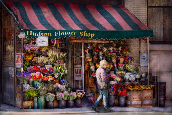 Photograph - Flower Shop - Ny - Chelsea - Hudson Flower Shop  by Mike Savad