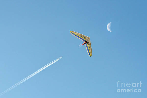 Photograph - Fly Me To The Moon by Ray Warren