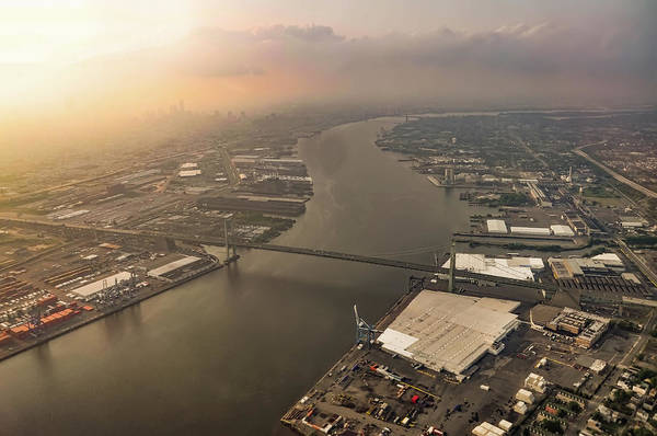 Photograph - Flying Over The Walt Whitman Bridge by Bill Cannon
