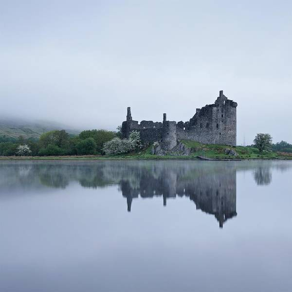 Fog At Kilchurn Castle Art Print