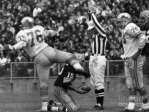 Detroit Lions Photograph - Football Game, 1965 by Granger