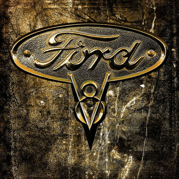 Digital Art - Ford V8 Insignia by Richard Farrington