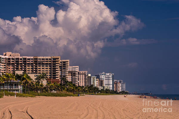 Flagler Photograph - Fort Lauderdale Beach by Zina Stromberg