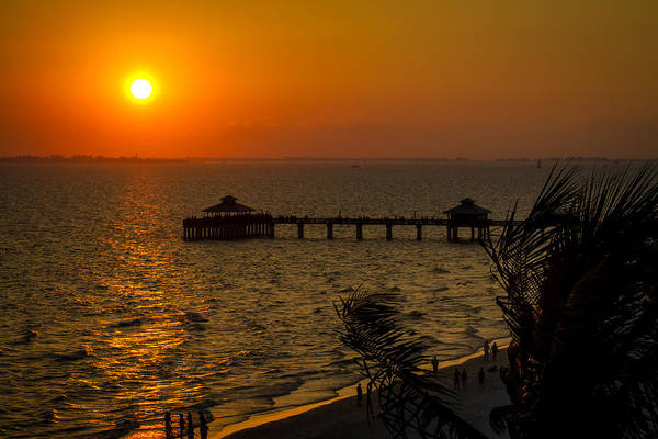 Photograph - Fort Myers Beach Fishing Pier At Sunset by Ron Pate