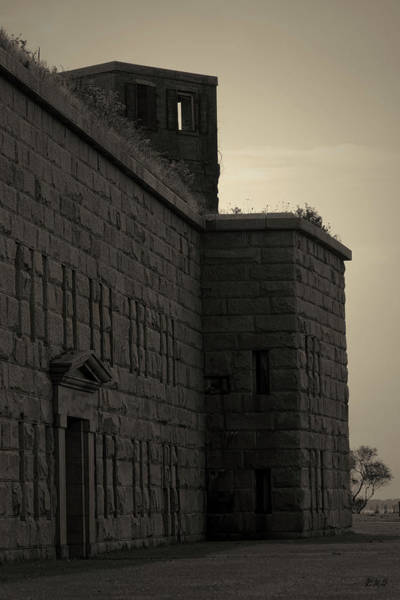 Photograph - Fort Taber Iv Toned by David Gordon