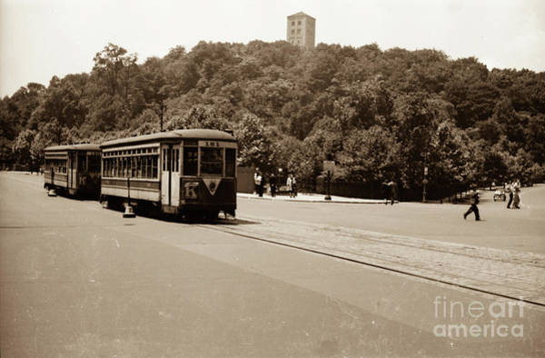 Photograph - Fort Tryon Trolley by Cole Thompson