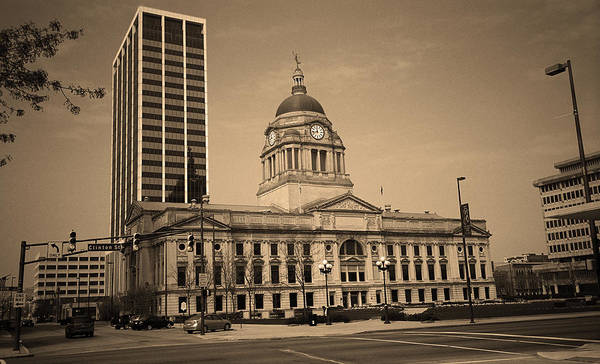 Courthouse Towers Wall Art - Photograph - Fort Wayne, Indiana - City Hall 2 by Frank Romeo