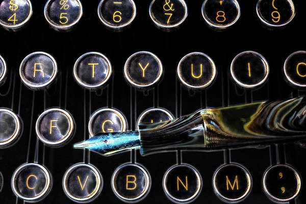 Wall Art - Photograph - Fountain Pen On Typewriter Keys by Garry Gay