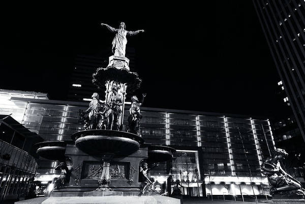 Photograph - Fountain Square Bw by Russell Todd