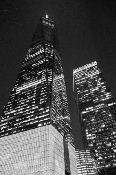 Photograph - Freedom Tower In Black And White by SR Green