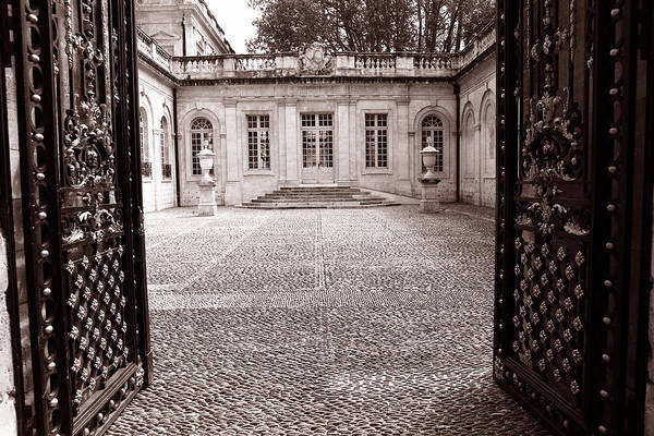 Photograph - French Courtyard 2c by Andrew Fare