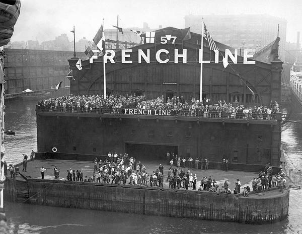 Wall Art - Photograph - French Line Pier In New York by Underwood Archives
