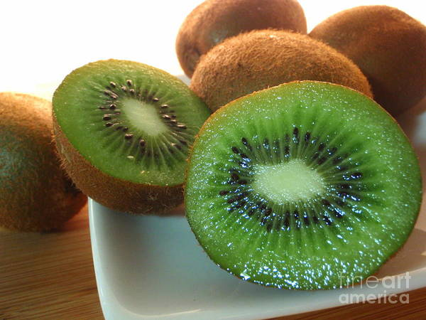 Kiwifruit Photograph - Fresh Juicy Kiwifruit by Mary Deal
