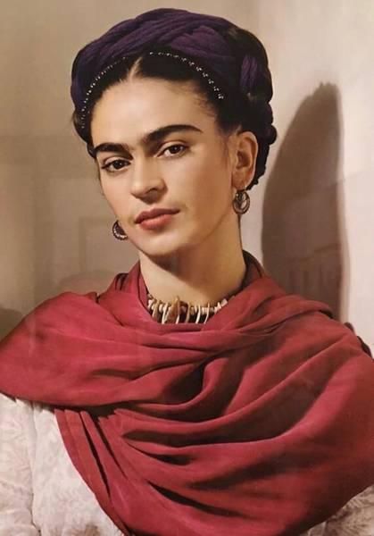 Wall Art - Photograph - Frida Kahlo Live by Fernando Lara