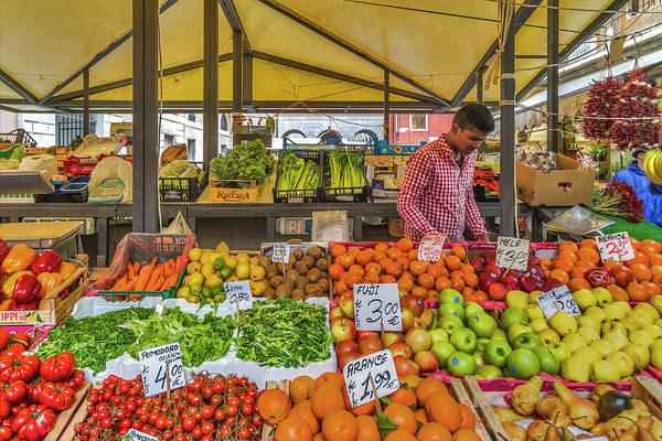 Photograph - Fruit Market by Roberto Pagani