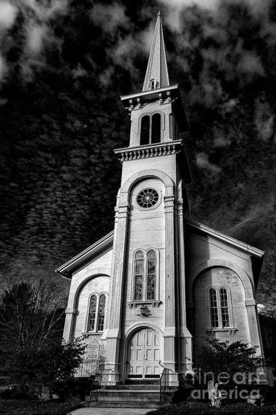 New Preston Ct Photograph - Full Framed New Preston Congregational Church by Grant Dupill