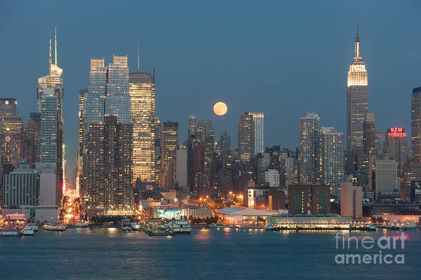 Photograph - Full Moon Rising Over New York City I by Clarence Holmes