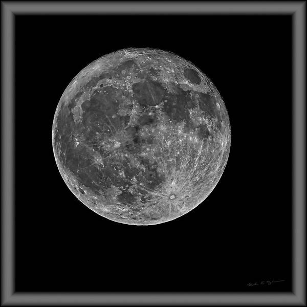 Photograph - Full Moon S23bwfr by Mark Myhaver