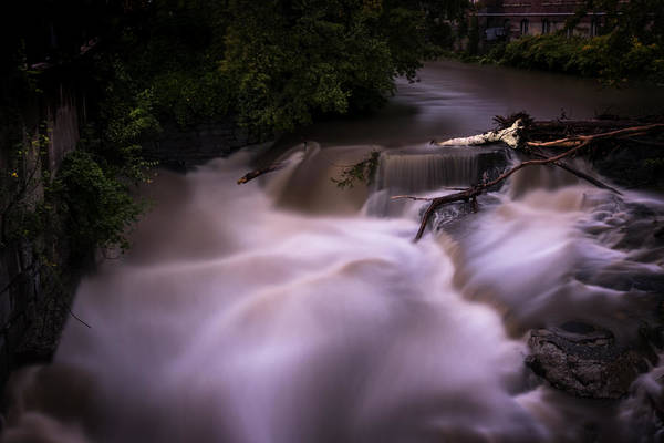 Photograph - Full Whetstone by Tom Singleton