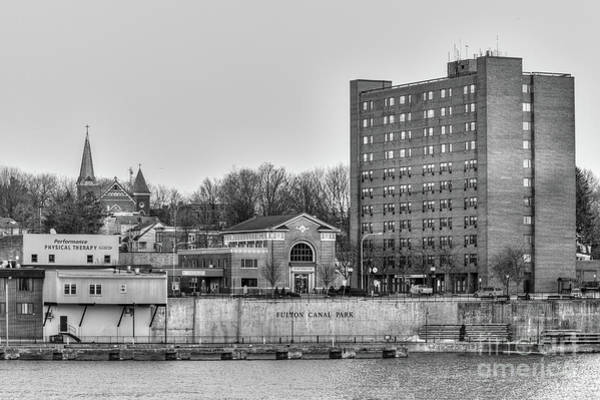 Photograph - Fulton Skyline Black And White by Rod Best
