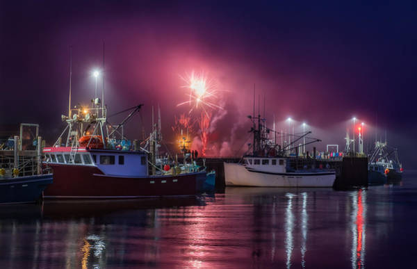 Photograph - Fundy Fireworks by Tracy Munson