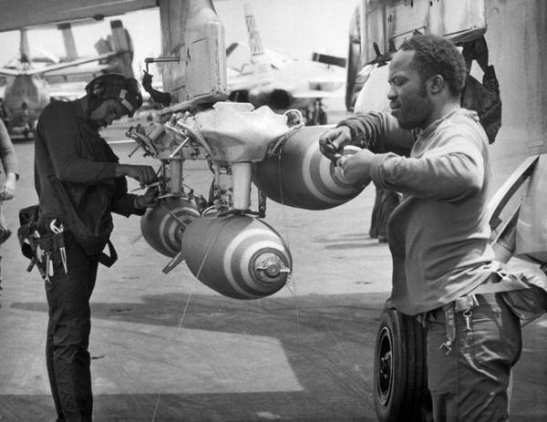 Photograph - Fusing Bombs For North Vietnam by Underwood Archives