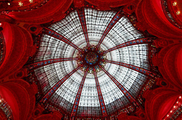 Galeries Lafayette Photograph - Galeries Lafayette In Paris In Red by Lynn Langmade