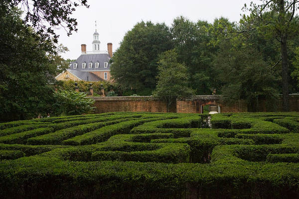 Photograph - Garden Maze At Governors Palace by Mark Currier