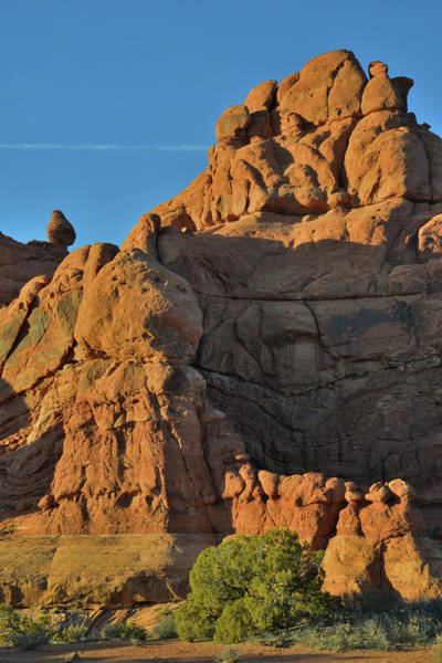 Photograph - Garden Of Eden Towers In Arches National Park by Ray Mathis