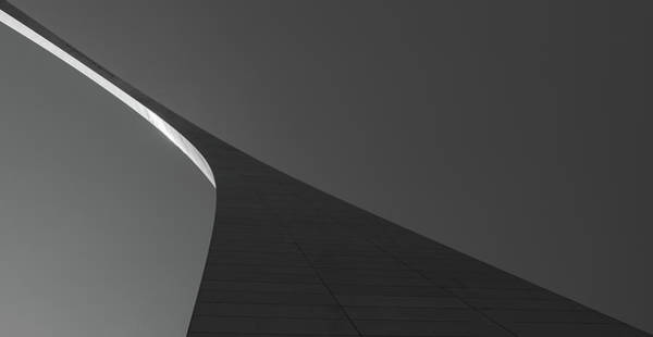 Wall Art - Photograph - Gateway Arch by Hyuntae Kim