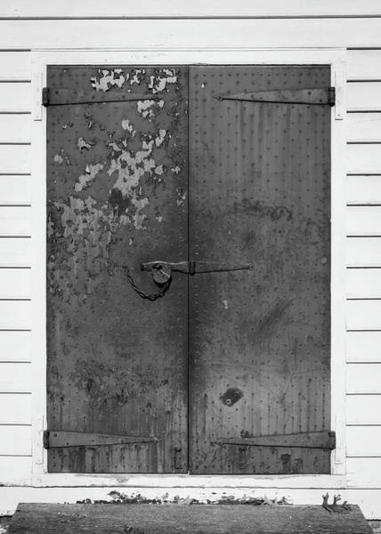Wall Art - Photograph - George Wythe Kitchen Door B W by Teresa Mucha