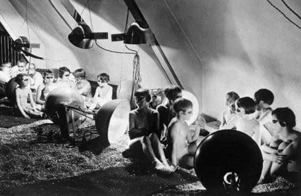 Wall Art - Photograph - German Children Get sunshine by Underwood Archives