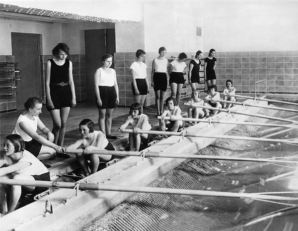 Rowing Photograph - German Girls Learn Rowing by Underwood Archives