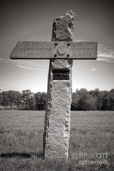 Photograph - Gettysburg National Park 142nd Pennsylvania Infantry Monument by Olivier Le Queinec