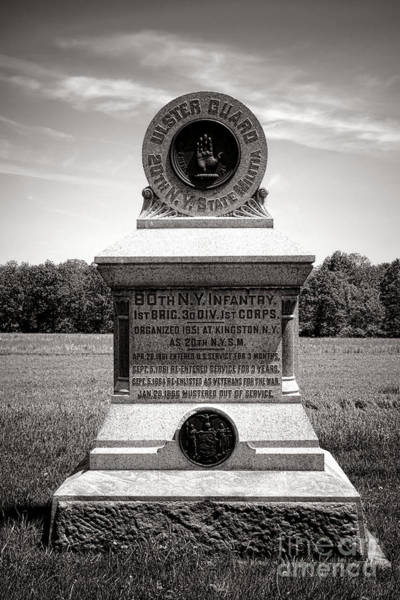 Wall Art - Photograph - Gettysburg National Park 80th New York Infantry Militia Monument by Olivier Le Queinec