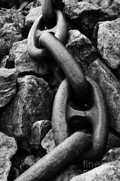 Chain Link Photograph - Giant Chain by Brian Mollenkopf