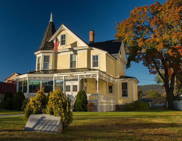 Photograph - Gibson Woodbury House North Conway by Nancy De Flon