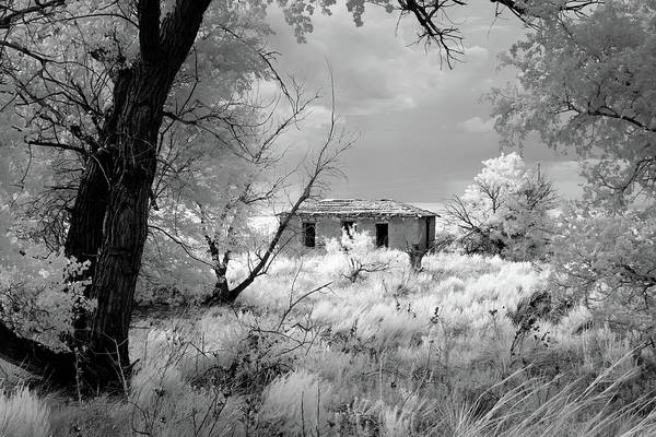 Ghosttown Photograph - Glenrio Homestead by James Barber