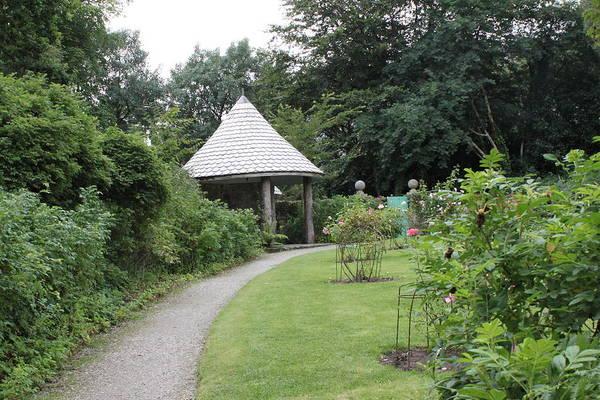 Photograph - Glenveagh Castle Gardens 4302 by John Moyer