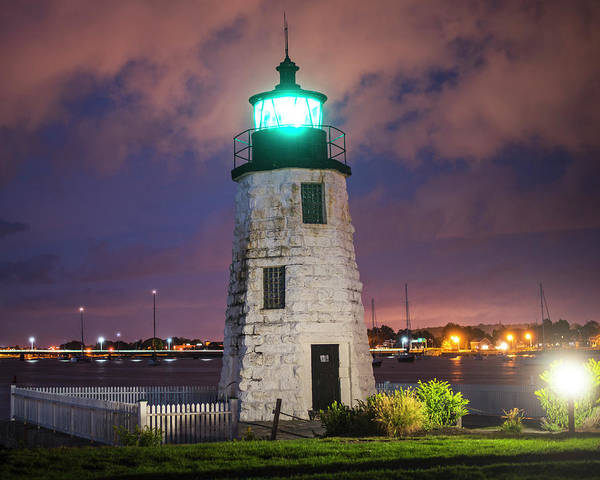 Photograph - Goat Island Lighthouse Newport Ri by Toby McGuire