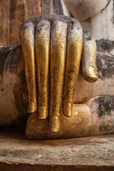 Photograph - Golden Hand Of A Buddha In Wat Sri Chum Thailand by Maria Heyens
