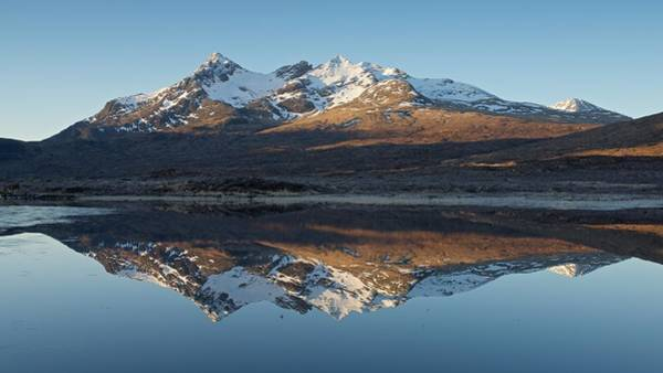 Photograph - Golden Light At Sgurr Nan Gilean by Stephen Taylor