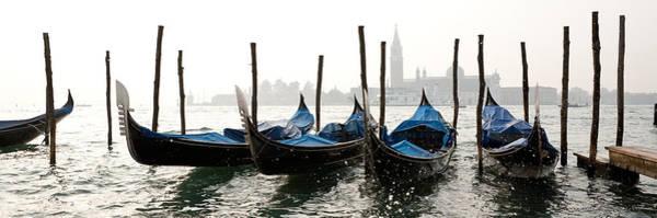 Gondole In Bacino 2078 Art Print