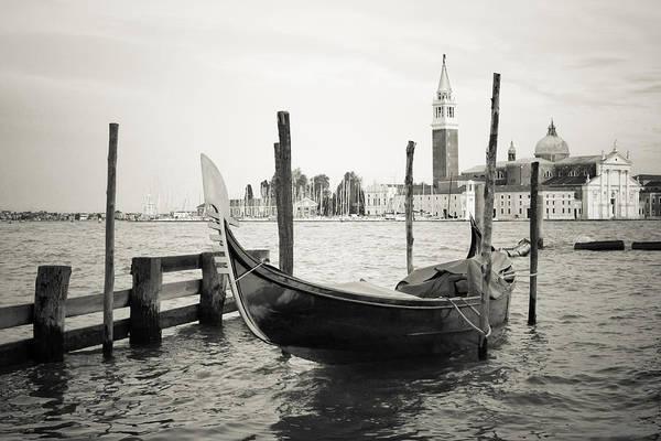 Gondola In Bacino S.marco S Art Print