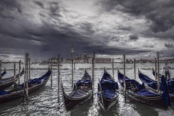 Photograph - Gondolas In Front Of San Giorgio Island by Roberto Pagani